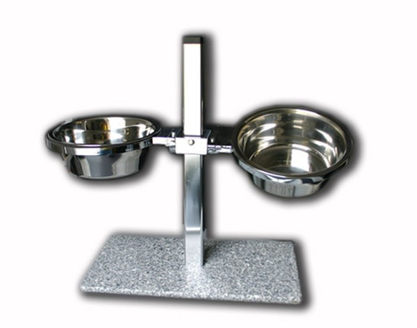 New Dog Feeder-Station MEDIUM